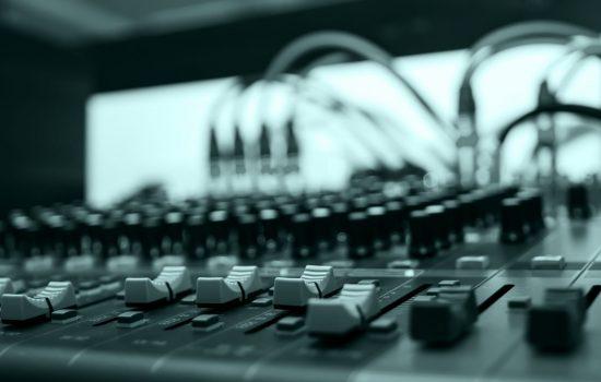 Audio sound mixer control, electornic device